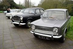 Thoaré vieilles voitures.jpg